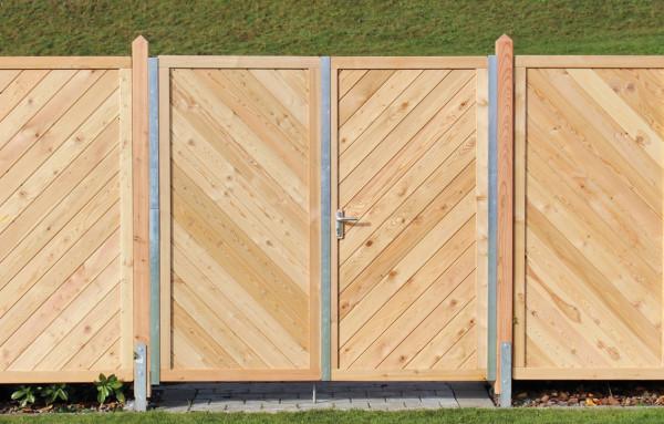 Hliníkové krycí profily pro vchodové branky