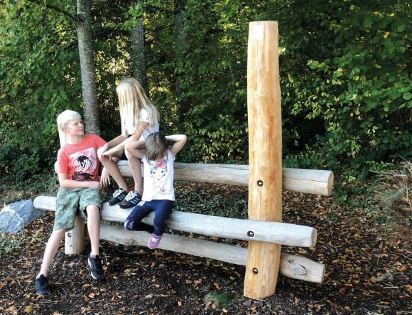Teens lavice Moritz z akátového dřeva 250cm